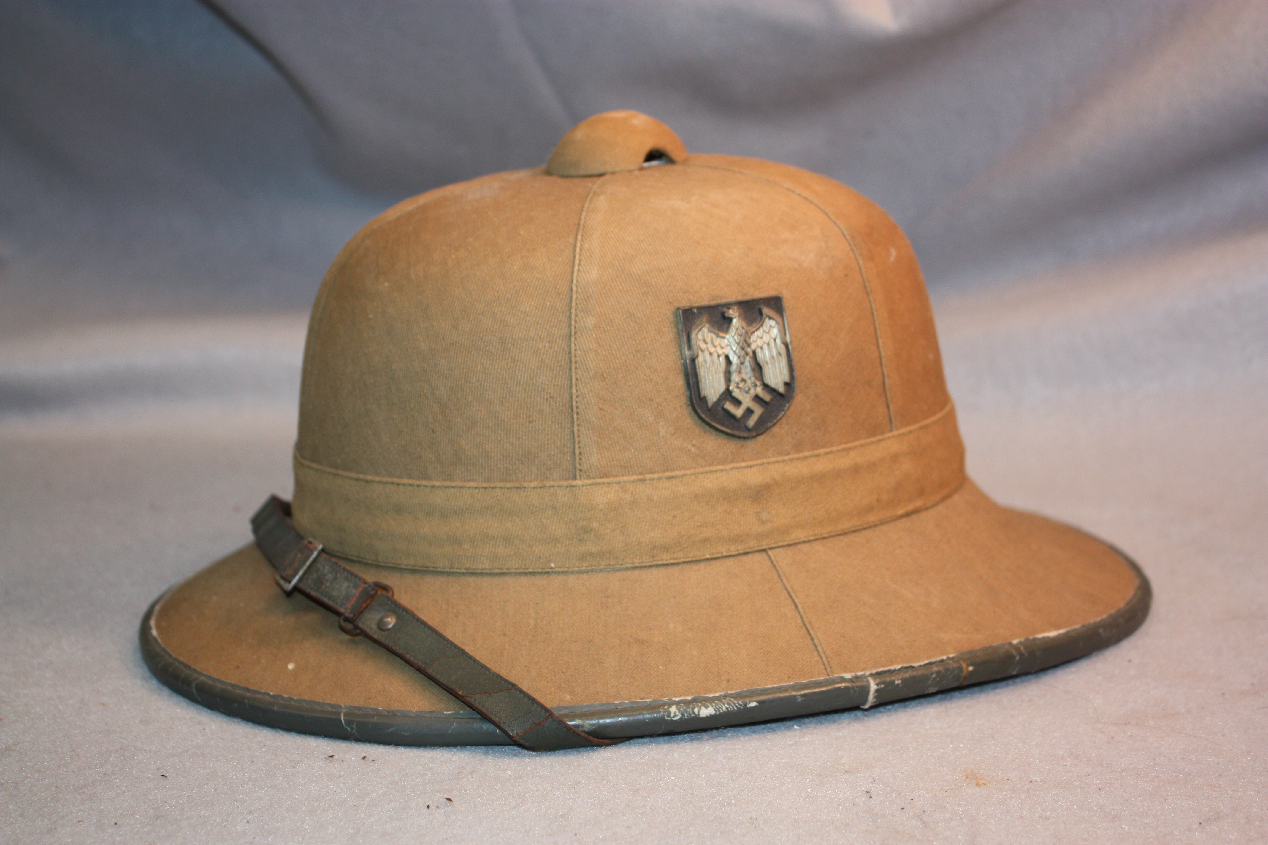 08ea040c17352 Army Pith Helmet – Military Collectibles